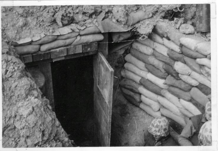 machgun-bunker Vegas op line 4-53.jpg